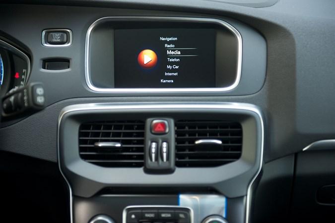 152478_Volvo_V40_interior