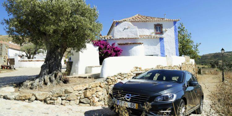 Volvo V60 D6 Plug-in Hybrid: A perfeição Híbrida! 15