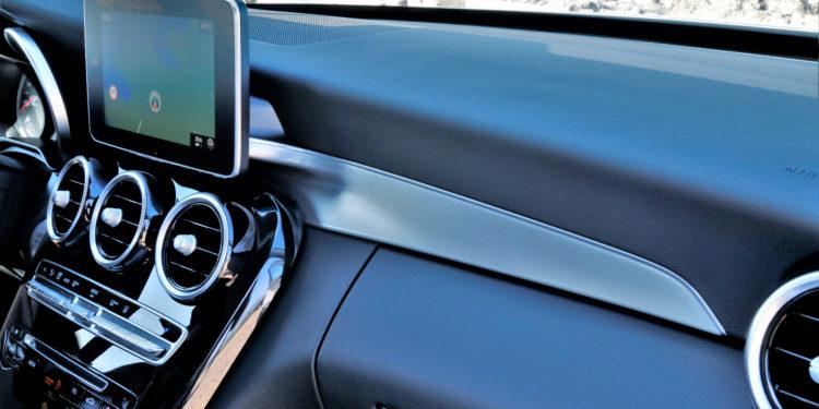 Mercedes C350E Plug-in Hybrid: Imponência Ecológica! 76