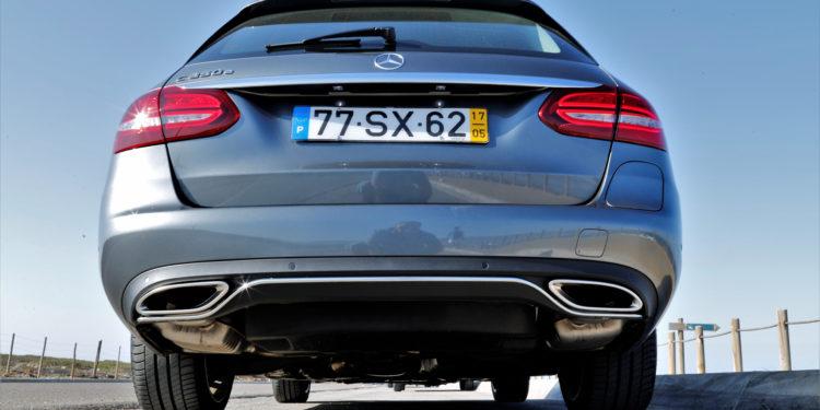 Mercedes C350E Plug-in Hybrid: Imponência Ecológica! 63