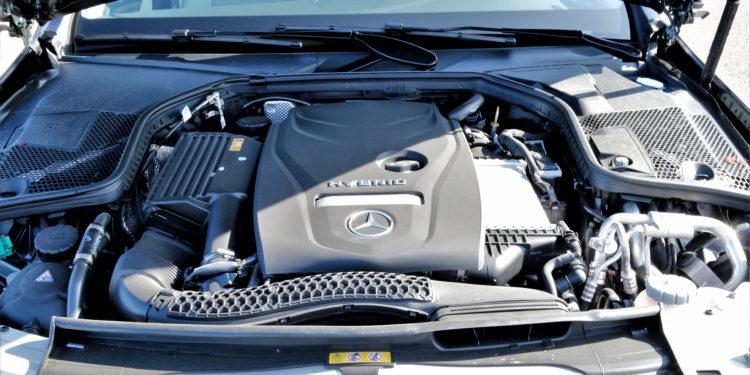 Mercedes C350E Plug-in Hybrid: Imponência Ecológica! 61