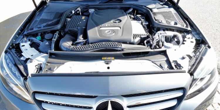 Mercedes C350E Plug-in Hybrid: Imponência Ecológica! 58