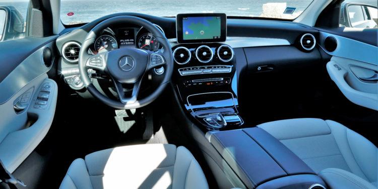 Mercedes C350E Plug-in Hybrid: Imponência Ecológica! 57
