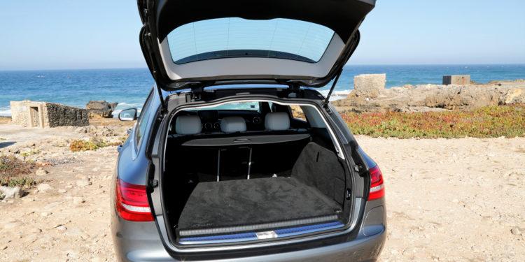 Mercedes C350E Plug-in Hybrid: Imponência Ecológica! 50