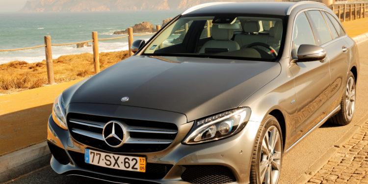 Mercedes C350E Plug-in Hybrid: Imponência Ecológica! 74
