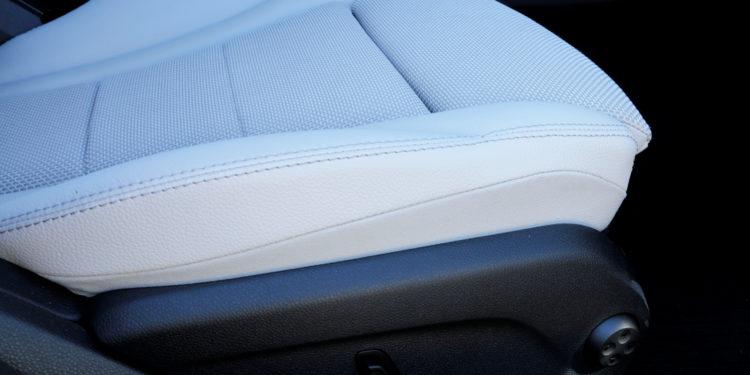 Mercedes C350E Plug-in Hybrid: Imponência Ecológica! 44