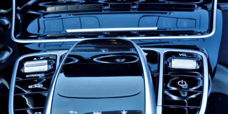 Mercedes C350E Plug-in Hybrid: Imponência Ecológica! 43