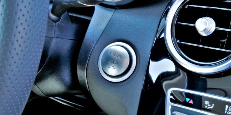 Mercedes C350E Plug-in Hybrid: Imponência Ecológica! 42