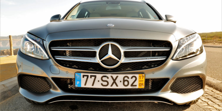 Mercedes C350E Plug-in Hybrid: Imponência Ecológica! 73