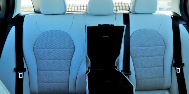 Mercedes C350E Plug-in Hybrid: Imponência Ecológica! 32