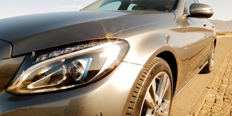 Mercedes C350E Plug-in Hybrid: Imponência Ecológica! 70