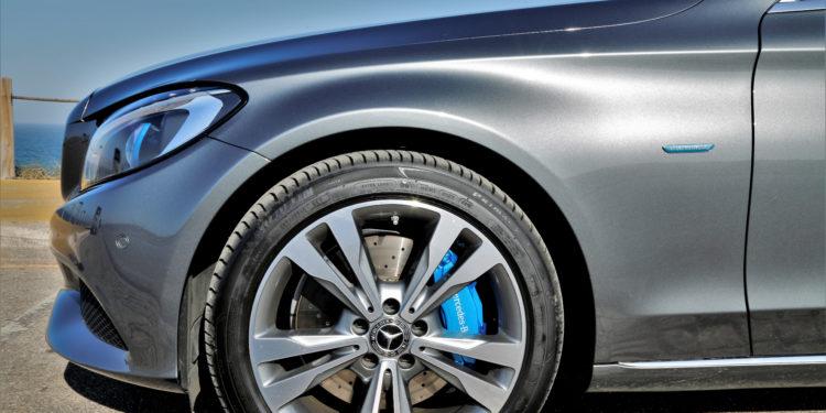 Mercedes C350E Plug-in Hybrid: Imponência Ecológica! 68