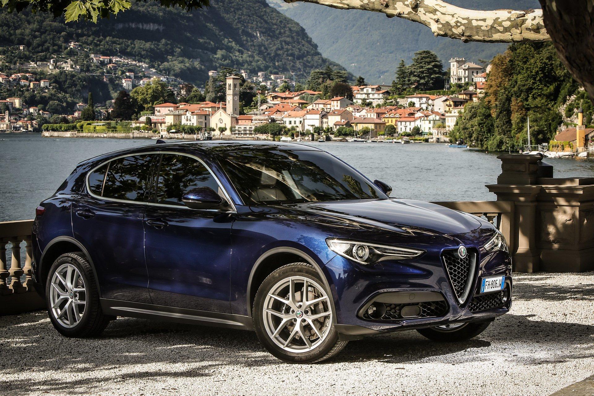 Alfa Romeo O Suv Mais Pequeno Chega Ja Em 2020 Sob A Plataforma Giorgio Carzoom