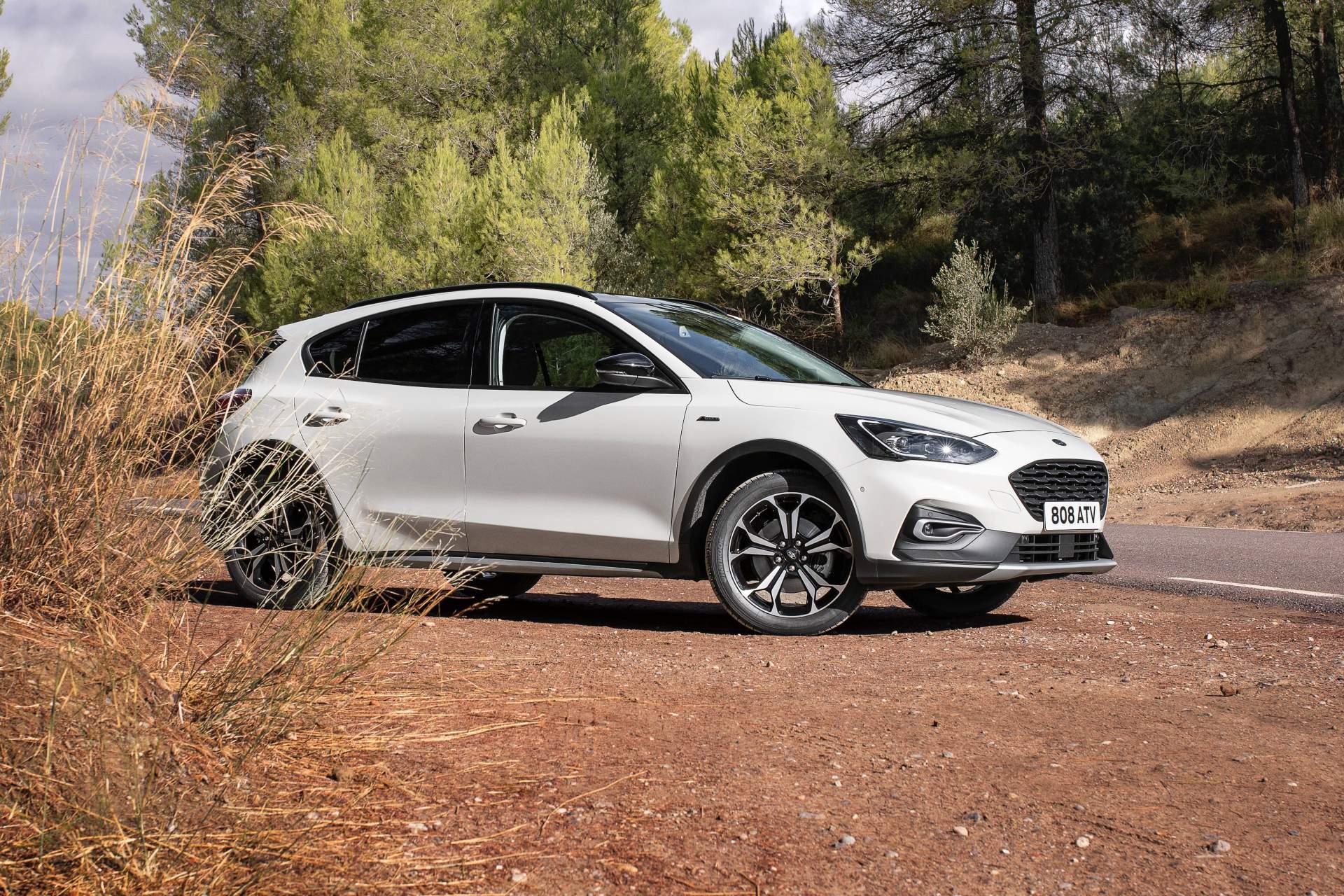 ford focus active wagon revelada