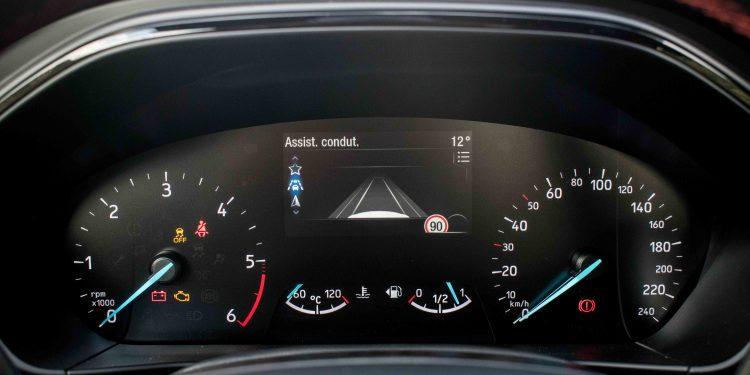 Ford Focus ST Line 1.5 TDCi: O melhor do segmento? 48