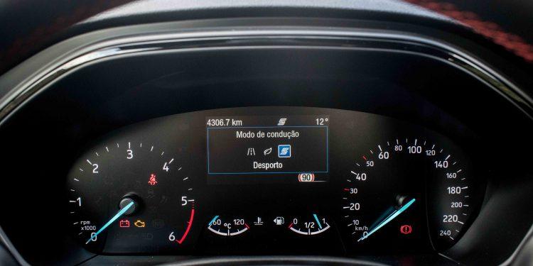 Ford Focus ST Line 1.5 TDCi: O melhor do segmento? 39