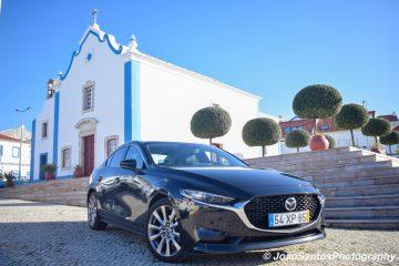 "Mazda 3 CS 2.0 SKYACTIV-G Excellence: Requinte num segmento ""C""! 17"