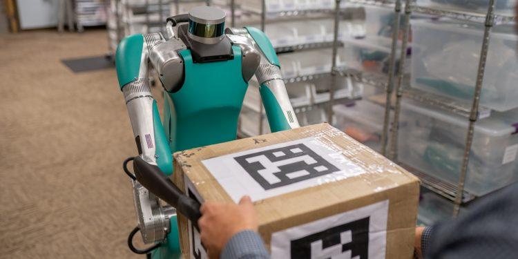 Ford e Agility Robotics juntas no desenvolvimento de robôs que ajudam humanos! 15