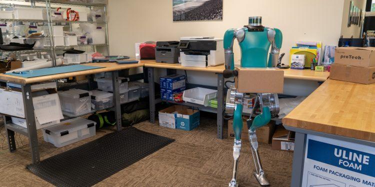 Ford e Agility Robotics juntas no desenvolvimento de robôs que ajudam humanos! 14