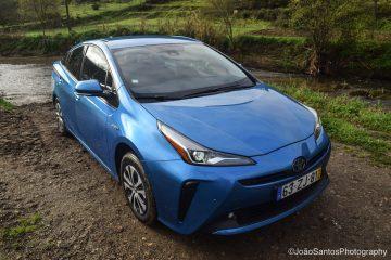 Toyota PRIUS Hybrid AWD: Triplamente Prius! 13