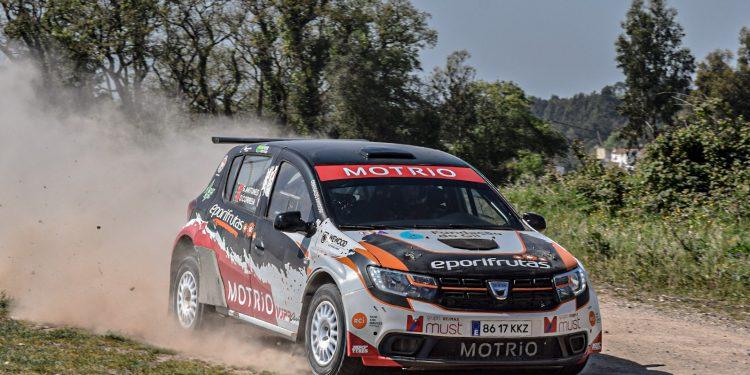 Gil Antunes e Diogo Correia testaram o Dacia Sandero R4! Nós estivemos lá! 24