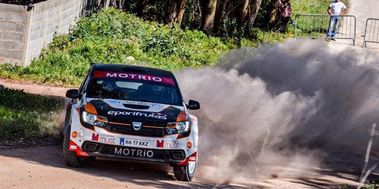 Gil Antunes e Diogo Correia testaram o Dacia Sandero R4! Nós estivemos lá! 23