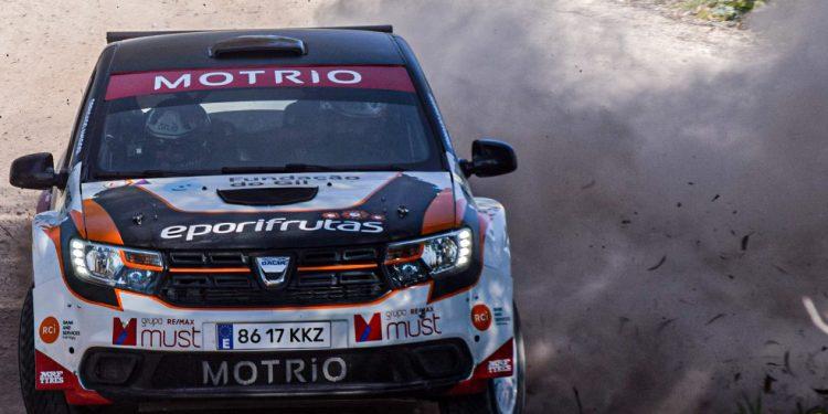 Gil Antunes e Diogo Correia testaram o Dacia Sandero R4! Nós estivemos lá! 19