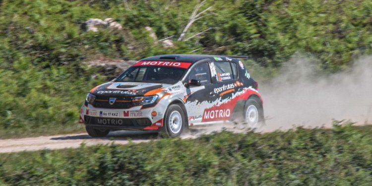 Gil Antunes e Diogo Correia testaram o Dacia Sandero R4! Nós estivemos lá! 15