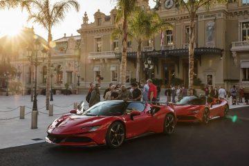 Charles Leclerc ataca as ruas do Mónaco com o Ferrari SF90 Stradale! 18