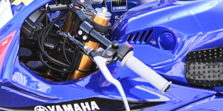 Ensaiámos o Abarth 595 Yamaha com a ajuda da Madalena Simões piloto da Yamaha Motor 7! 51