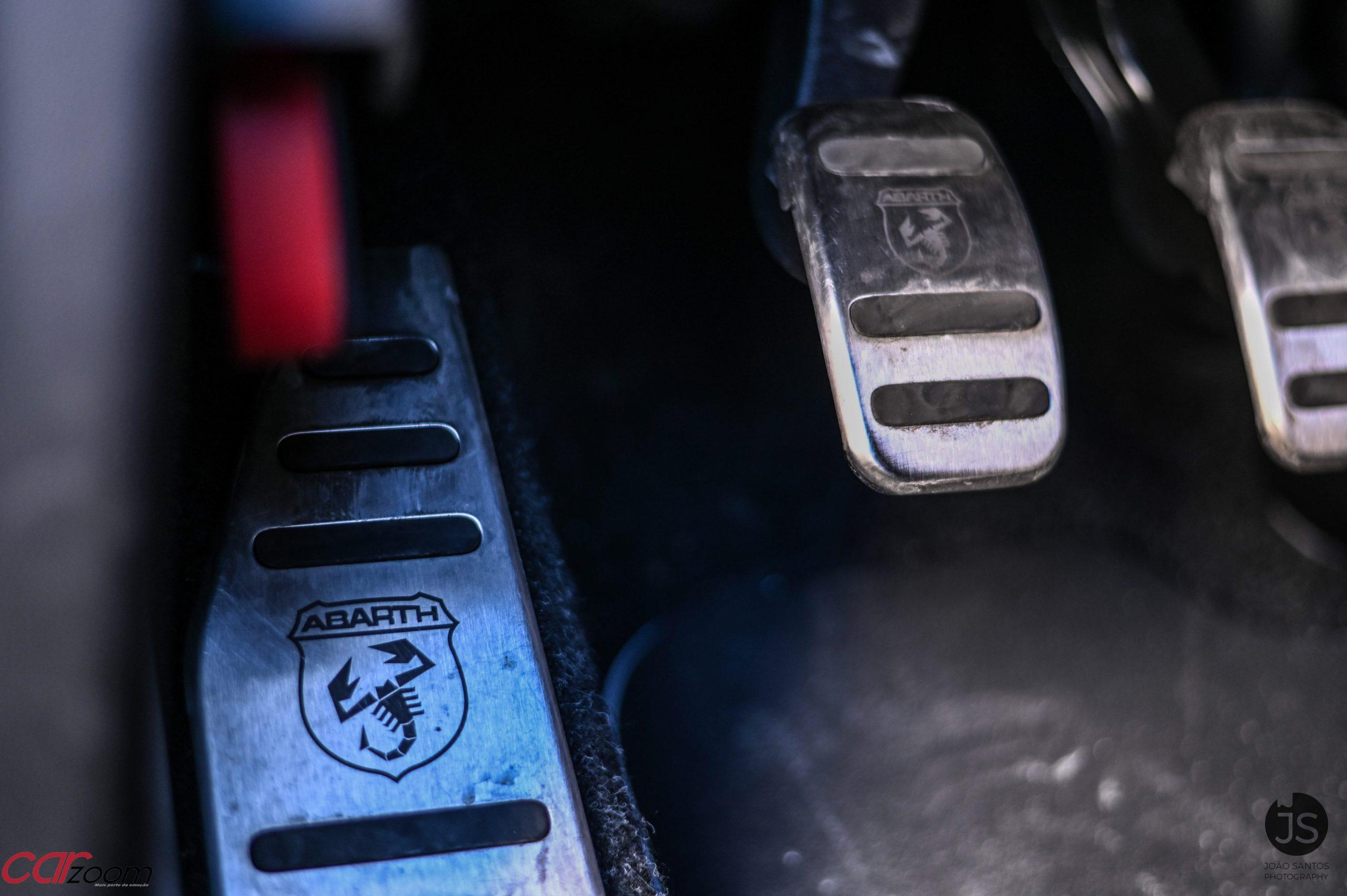 Ensaiámos o Abarth 595 Yamaha com a ajuda da Madalena Simões piloto da Yamaha Motor 7! 33