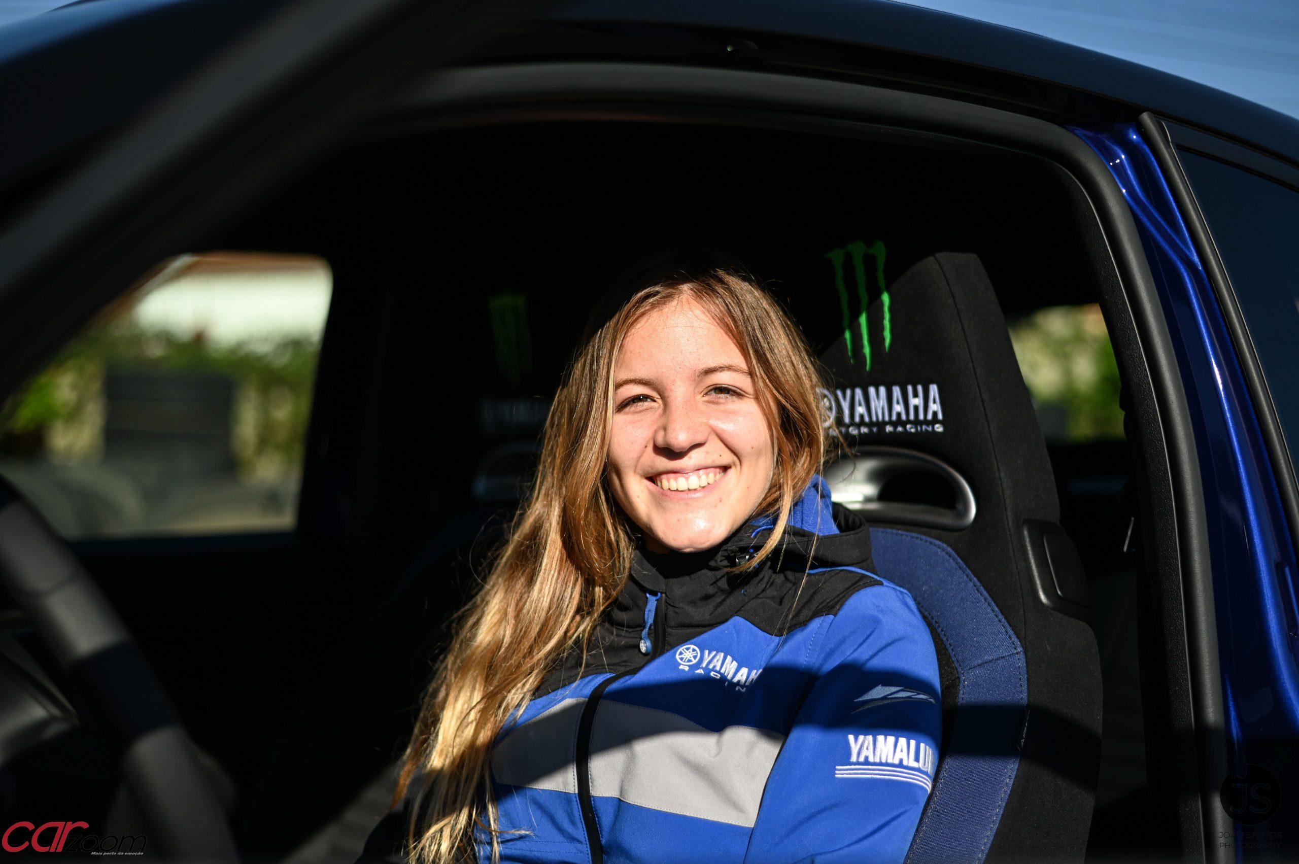 Ensaiámos o Abarth 595 Yamaha com a ajuda da Madalena Simões piloto da Yamaha Motor 7! 30