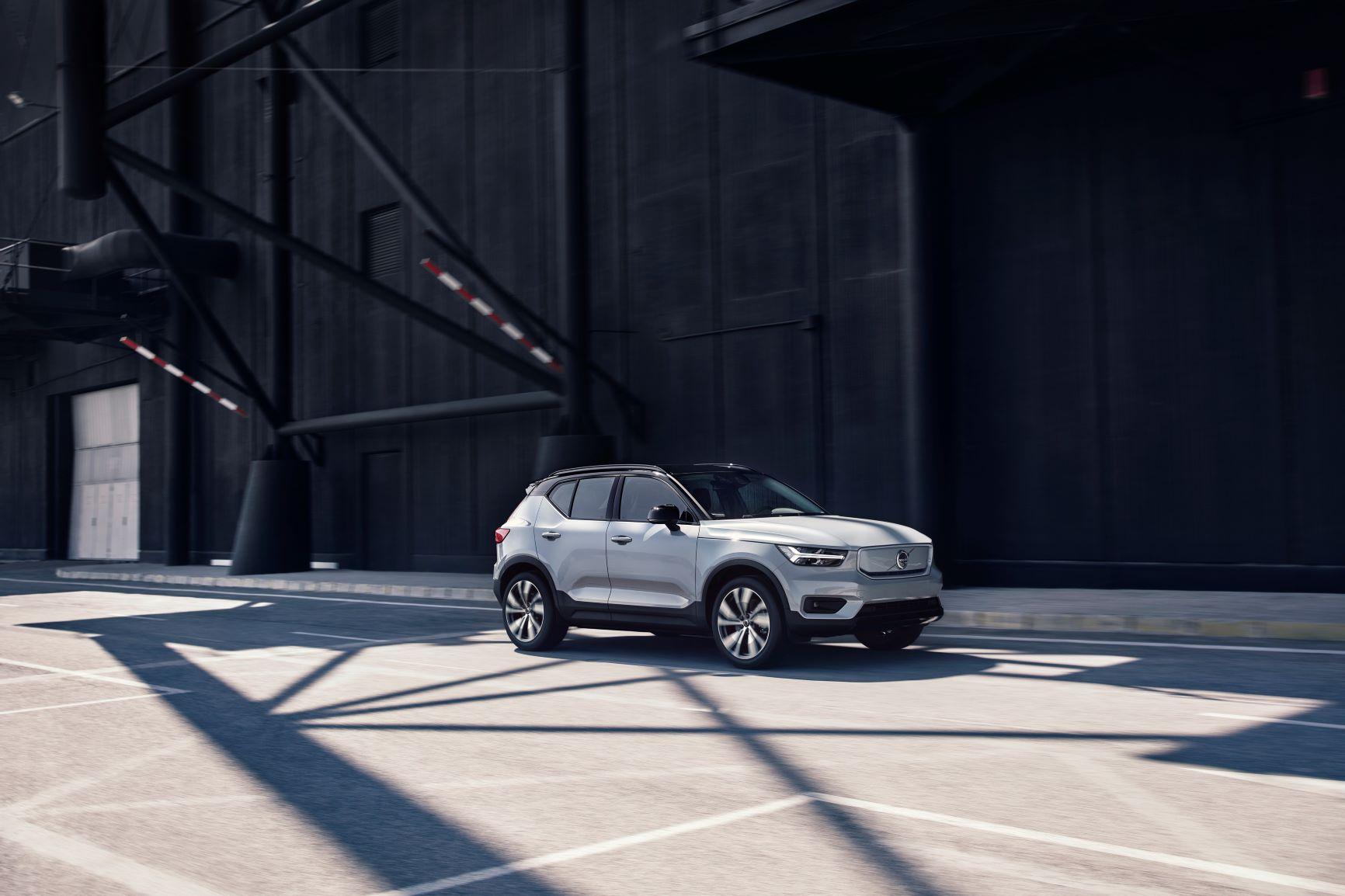 Volvo XC40 já vendeu meio milhão de unidades 15