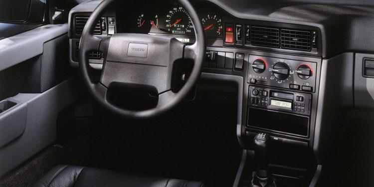O Volvo 850 celebra este ano o seu 30º aniversário 18