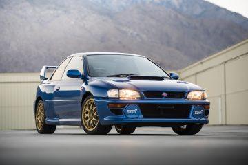 Este Subaru Impreza 22B STi está à venda! 38