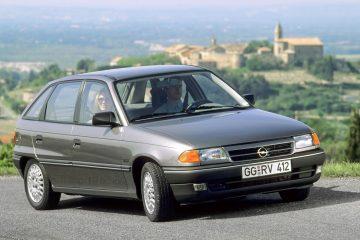 Opel Astra faz 30 anos: 'bestseller' entre os modelos compactos e embaixador da mudança 17