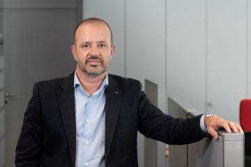 Edgar Santos é o novo diretor de recursos humanos da Renault Portugal, SA 19