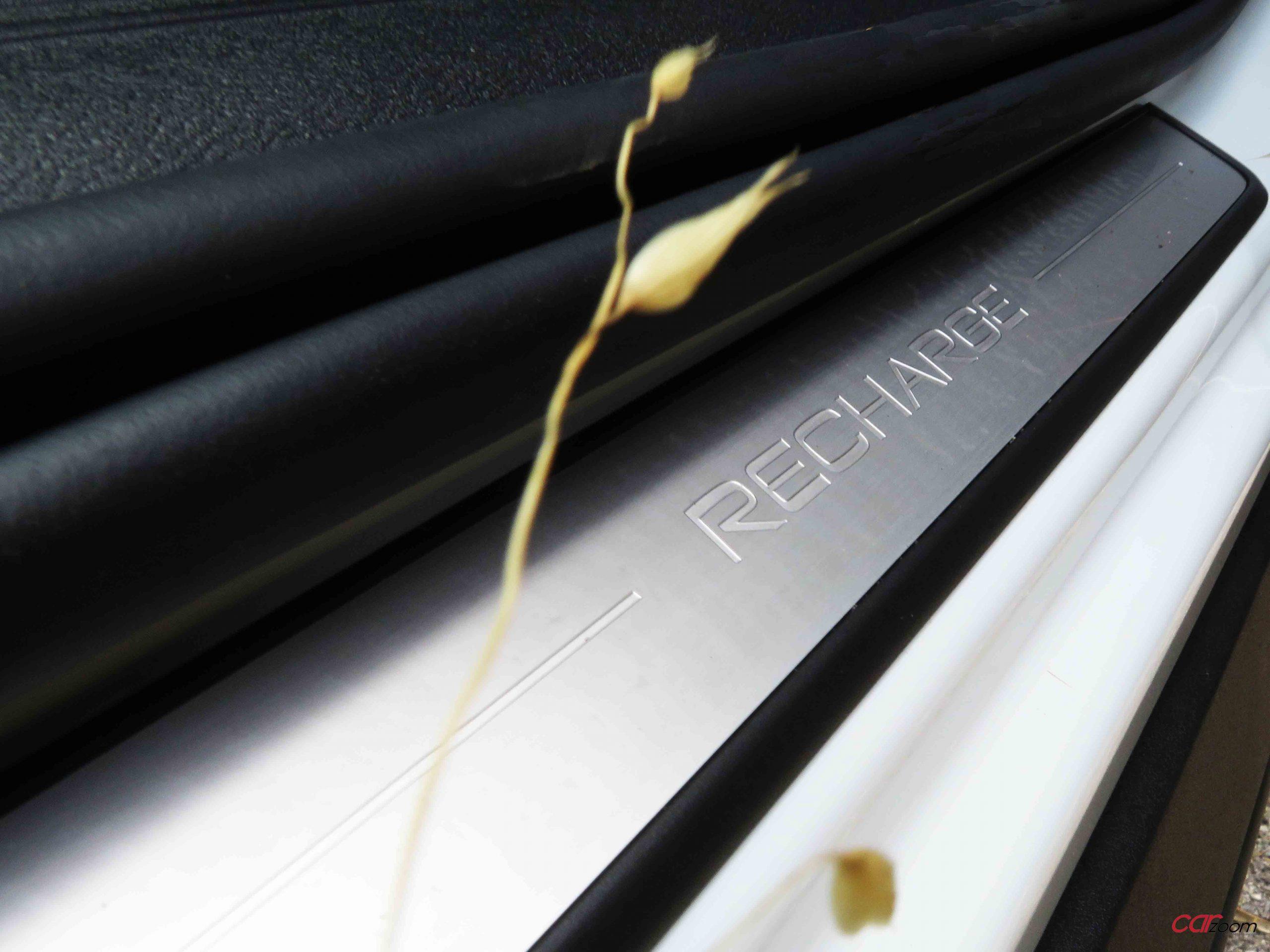 VOLVO XC40 T4 RECHARGE R-DESIGN: Ideal para cada ocasião! 27