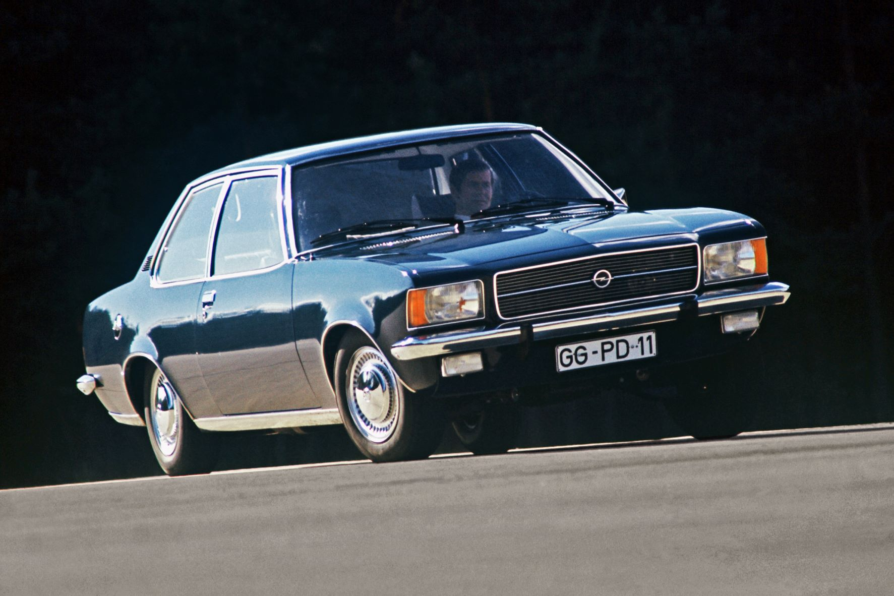 Opel Rekord D modelo emblemático de Rüsselsheim celebra 50 anos 15
